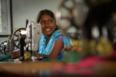 The seamstresses, employed by FFC, use waste silk fabric from the tailors in Podanur and old saris to create computer bags, gift sacs for wines and wallets. One person makes one lap top bag in a day.