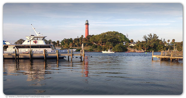 The indomitable travel and trucking duo, Salena Lettera, of The Daily Rant and Ed Godfrey, of Truckin Ed, delivered a load to our 'hood. We showed off the winter joys of Florida. Dinner at Jetty's, dockside, overlooking Jupiter Lighthouse.